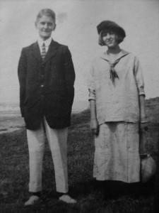Noel and Dora Carrington, Seaford 1913